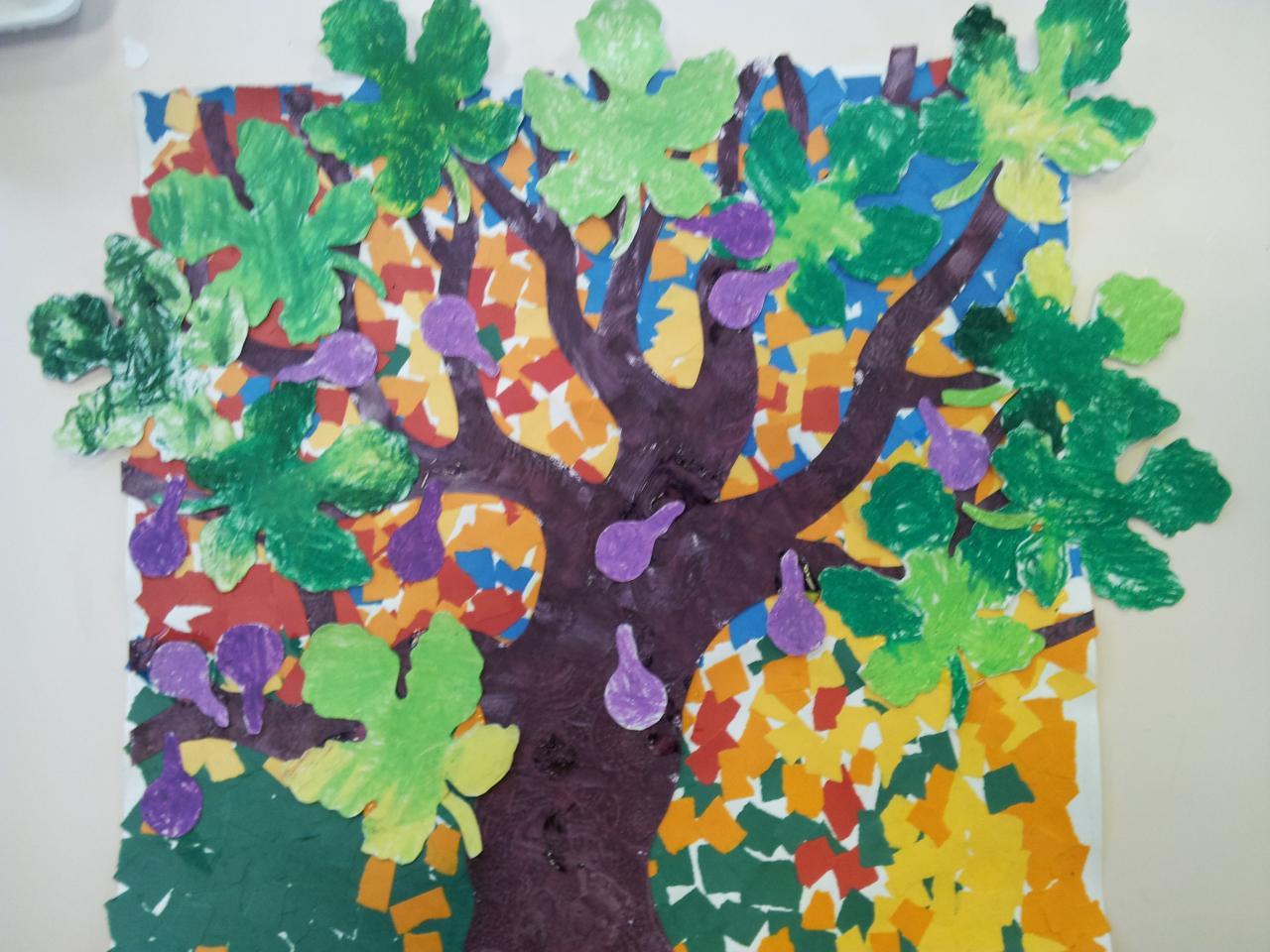 petite section collage l'arbre en été