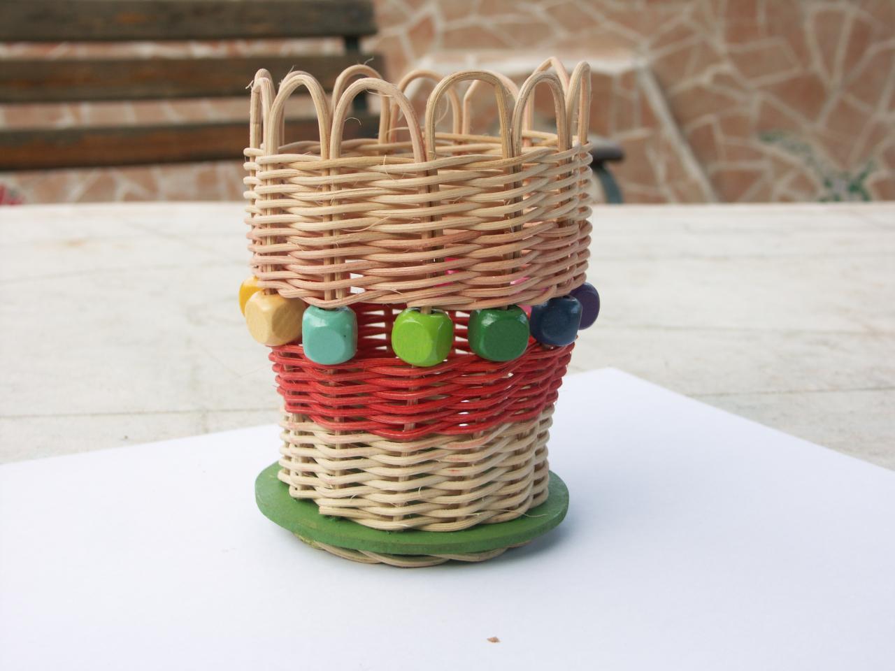 pot à crayons en rotin